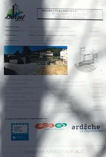 pole-medical-pancart_20200225-100117_1